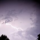 Lightning in clouds by benjilach