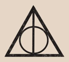 Deathly Hallows by thealexisdesign