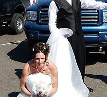 BRIDE & GROOM SHOWING PUPPY LOVE by JymmiSparkz