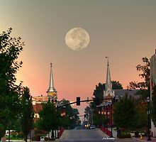 Moon over McMinnville by © Joe  Beasley IPA