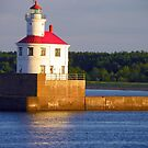 DULUTH MN LIGHT HOUSE HARBOR by kodakcameragirl
