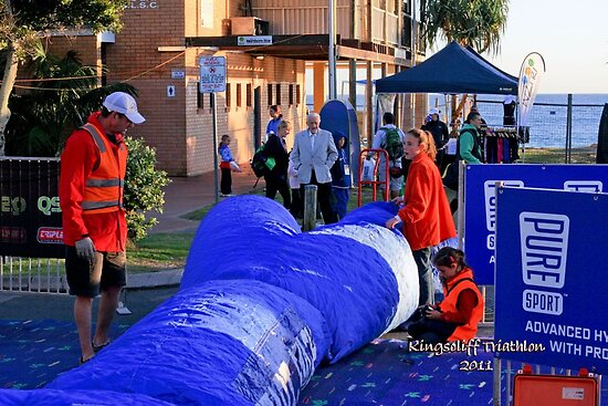 Kingscliff Triathlon 2011 #002 by Gavin Lardner