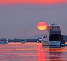 Sunset on fire - Moreton Bay Qld Australia by Beth  Wode
