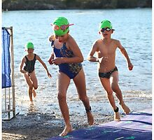 Kingscliff Triathlon 2011 Swim leg P121 by Gavin Lardner