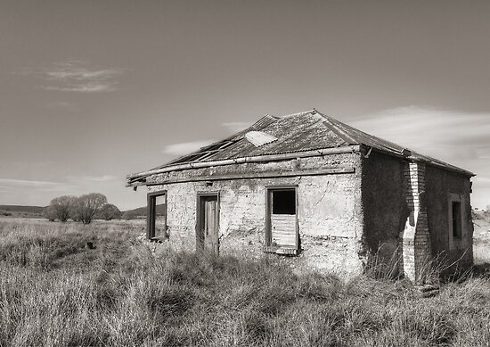 Home sweet home ~ Goulburn NSW by Rosalie Dale