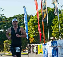 Kingscliff Triathlon 2011 Finish line B5980 by Gavin Lardner