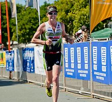 Kingscliff Triathlon 2011 Finish line B6176 by Gavin Lardner