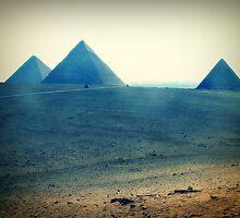 dreamy pyramids  by agawasa