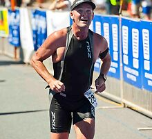 Kingscliff Triathlon 2011 Finish line B6358 by Gavin Lardner