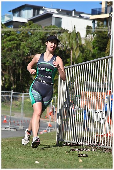 Kingscliff Triathlon 2011 Run leg P244 by Gavin Lardner