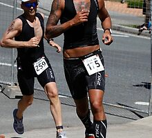 Kingscliff Triathlon 2011 Run leg C0200 by Gavin Lardner
