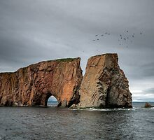 Rocher percé by Thomas Plessis