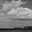 Copper Harbor Lighthouse by jrier