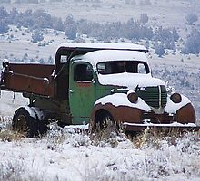 Vintage Dump Truck in the Snow by mrsroadrunner