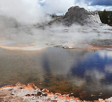 Crater geyser by zumi
