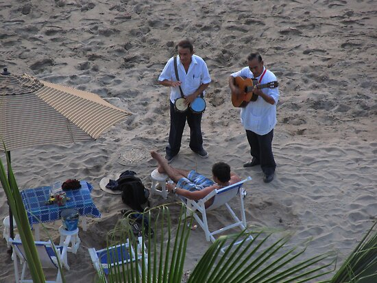 Earning money with music at the beach of Puerto Vallarta by PtoVallartaMex