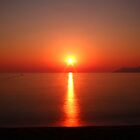Burning Sun and smooth Ocean  by eugenz
