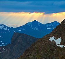 God Rays On Gray Wolf Mountain by CrowningGlory