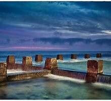 Coogee Rock Pool  by Adriano Carrideo