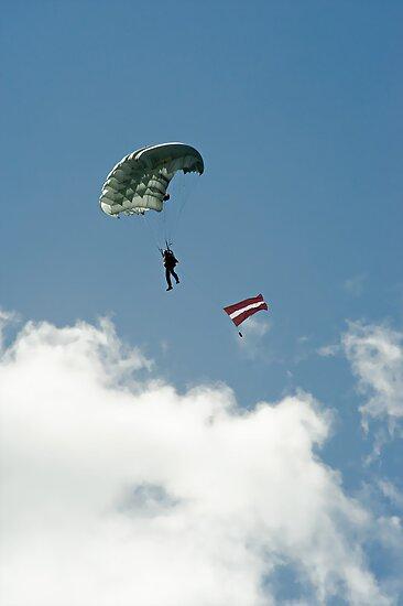 Parachutist by fotorobs