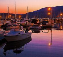 Canada. British Columbia. Kelowna. Lake Okanagan. Sunset. by vadim19