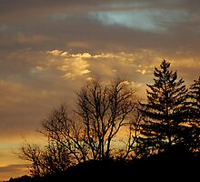 October Sunrise by Mechelep