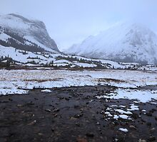 Elbow Pass valley IX by zumi