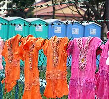 Singapore - Improvised clothesline by Maureen Keogh