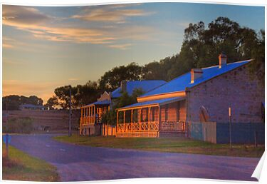 The Sundowners - Swanport, Murray Bridge, South Australia by Mark Richards