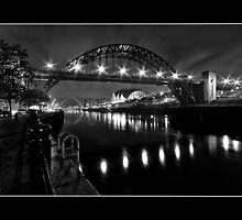 River Tyne Night Shot, Newcastle Upon Tyne by Philip  Whittaker