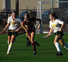 110711 394 0 field hockey by crescenti