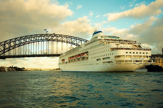 Pacific Pearl on Sydney Harbour