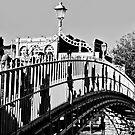The Ha'penny Bridge, Dublin by Andrew Jones