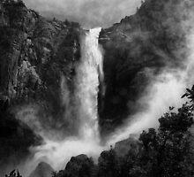 Bridalveil Falls by Cat Connor