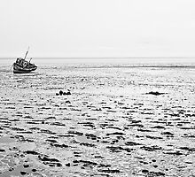 Low Tide 02 - Lytham St Annes, Lancs, UK by Simon Lupton