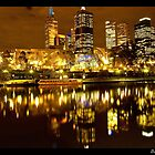 Yarra River by Danielle  Miner
