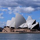 Sydney Opera House by darrenbradshaw