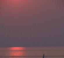 The sun, the sky, the ocean and the boat - El sol, el cielo, el oceano y la lancha by Bernhard Matejka