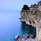 Isolabella - The cliff by cicciofarmaco