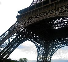 Leg of the Eiffel by utterlykylie