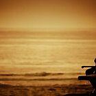 Watching sunrise at Cronulla by kutayk