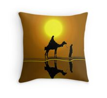 The road to Bethlehem'... Throw Pillow