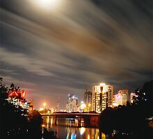 FULL MOON GOLD COAST - IPHONE by Scott  d'Almeida