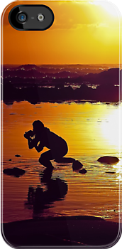 SUNRISE  PHOTOGRAPHER - IPHONE by Scott  d'Almeida