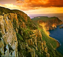 Last light on Cape Raoul by Kevin McGennan
