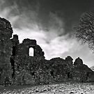 Pendragon Castle by mountainsandsky