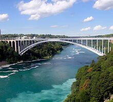 Niagara Falls - Rainbow Bridge by CalumCJL