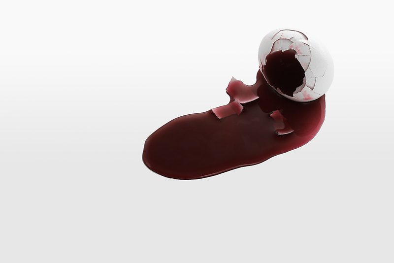 Bleeding Egg by Gert Lavsen