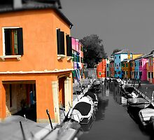 Burano, Venice Italy - 4 by Paul Williams