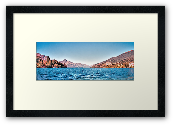 Lake Wakatipu, Queenstown, New Zealand, November 2011 by elspiko